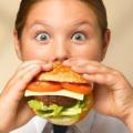 Джанк-фуд заставляет ненавидеть здоровую пищу